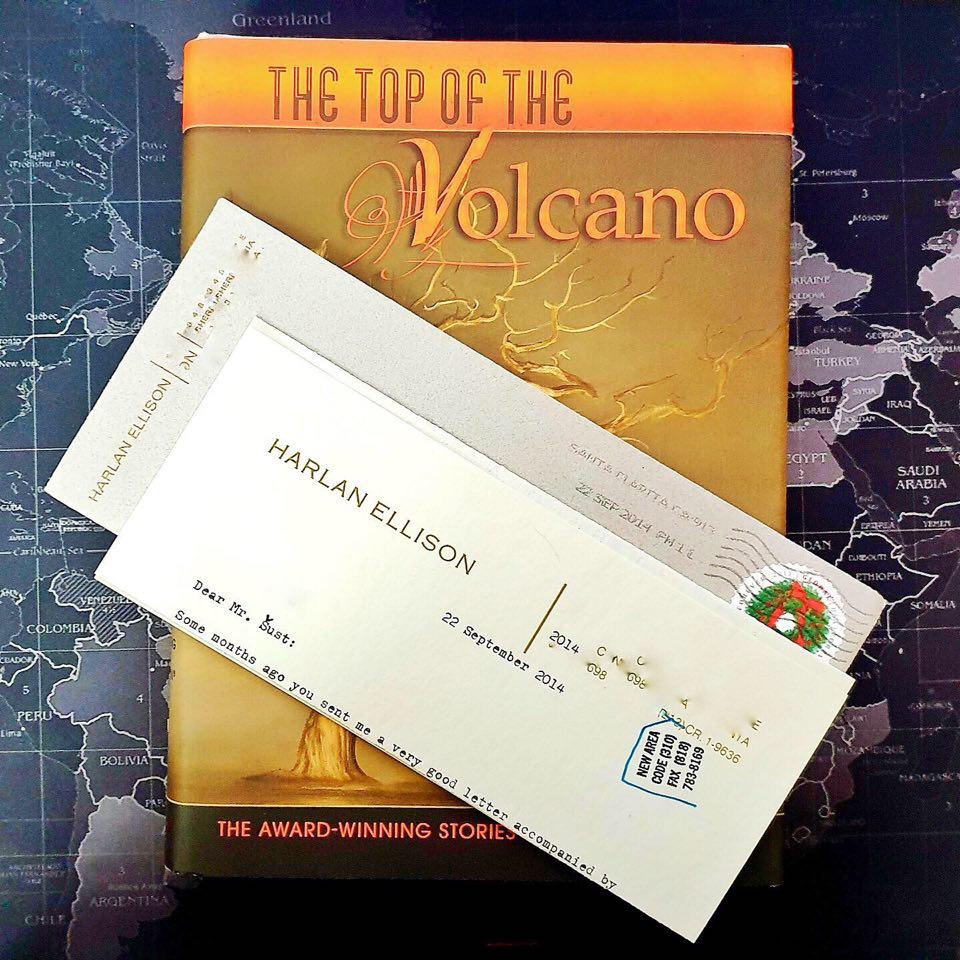 Vrchol vulkánu – to nejlepší ze skvělého Harlana Ellisona